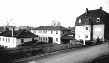 01_Kaeser_Historie_Firmenansicht_Hahnweg_14-85702_web.jpg