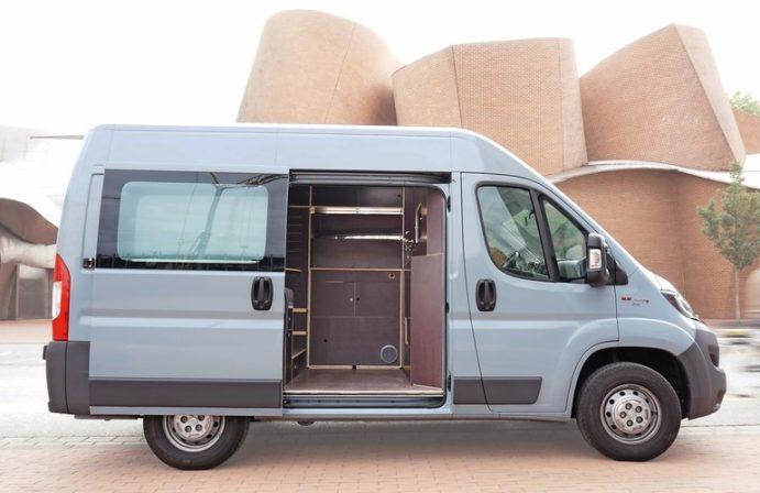 transporterausbau als camper auf basis eines fiat ducato. Black Bedroom Furniture Sets. Home Design Ideas