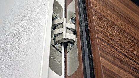 Mit Pivota ist Öffnung nach außen oder in die Laibung möglich Foto: Erol Gurian, BaSys Bartels Systembeschläge GmbH