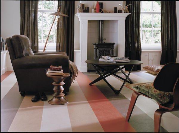 mit click zum linoleum boden dds das magazin f r m bel und ausbau. Black Bedroom Furniture Sets. Home Design Ideas