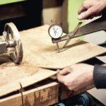 Stimmt die Dicke? Die Hirnholzdecks sind zwischen 4 und 6 mm stark Foto: Franz Schmidt GmbH & Co. KG