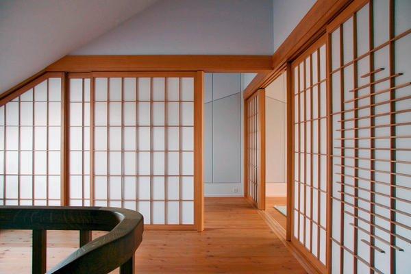 die wand ist eine t r dds das magazin f r m bel und ausbau. Black Bedroom Furniture Sets. Home Design Ideas