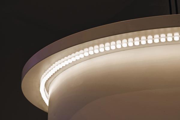 lichtstark flexibel und per usb kabel wieder aufladbar dds das magazin f r m bel und ausbau. Black Bedroom Furniture Sets. Home Design Ideas