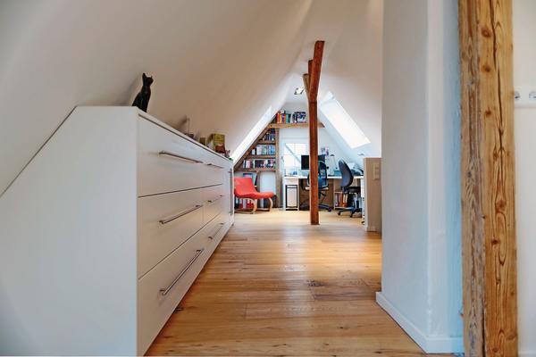 wie schreiner wohnen dds das magazin f r m bel und ausbau. Black Bedroom Furniture Sets. Home Design Ideas