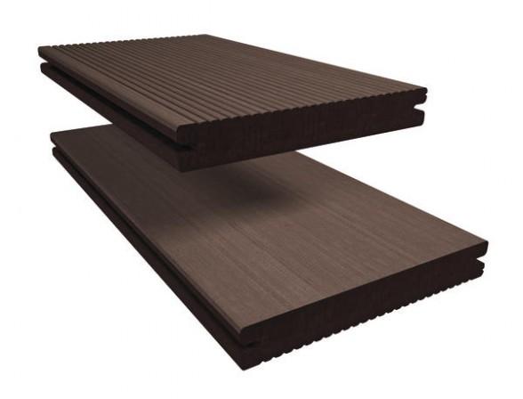 Robuster Werkstoff aus Holz Kunststoff Verbundmaterial