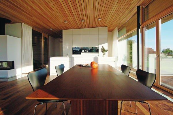 mit kamin und alpenblick dds das magazin f r m bel und ausbau. Black Bedroom Furniture Sets. Home Design Ideas
