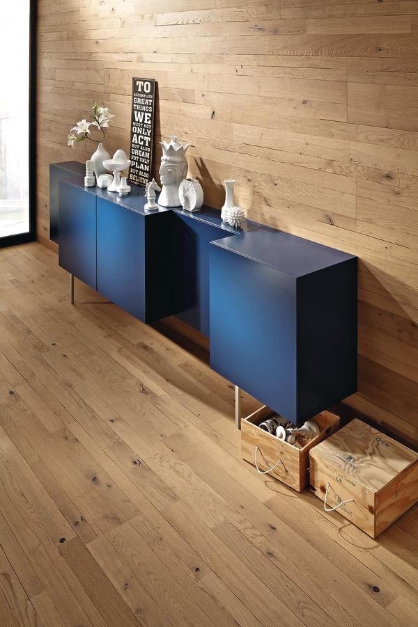 der fu boden geht in die vertikale dds das magazin f r m bel und ausbau. Black Bedroom Furniture Sets. Home Design Ideas
