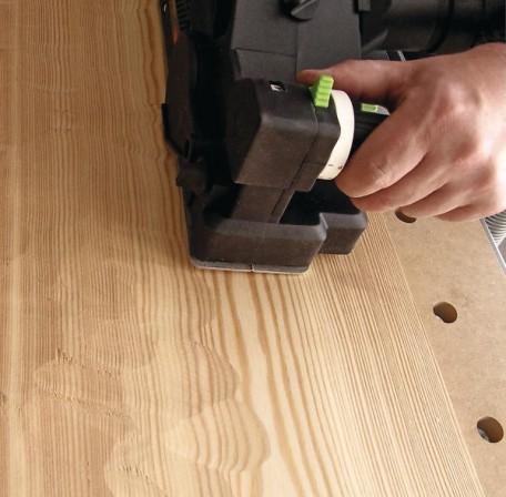 Gebürstete oder gehackte Oberflächen selbst herstellen