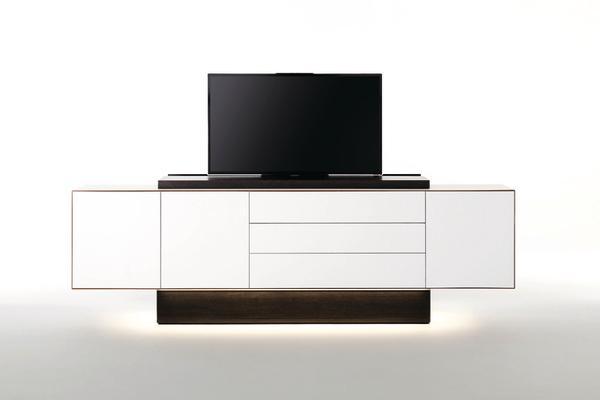 imm h fele zeigt sich mit handwerkspartnern dds das magazin f r m bel und ausbau. Black Bedroom Furniture Sets. Home Design Ideas