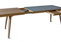 Schreibtisch in Eiche und Linoleum. Dirk Wember, Handwerkskammer Münster