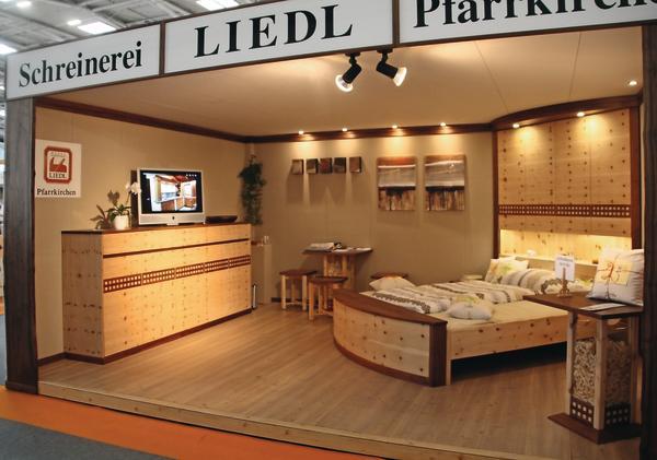 schreiner unter der lupe dds das magazin f r m bel und ausbau. Black Bedroom Furniture Sets. Home Design Ideas