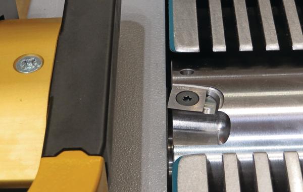 Stand der Technik bei der Hobelwelle entwickelt sich weiter. Zunehmend kommen Spiralmesserwellen zum Einsatz.