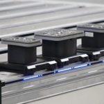 CNC-Konsole von Homag: Der A-Flex-Tisch lässt sich mit einer LED-Rüsthilfe kombinieren Foto: Homag Group AG