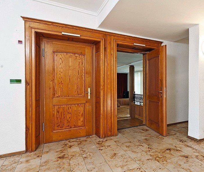 alte t r neue idee dds das magazin f r m bel und ausbau. Black Bedroom Furniture Sets. Home Design Ideas
