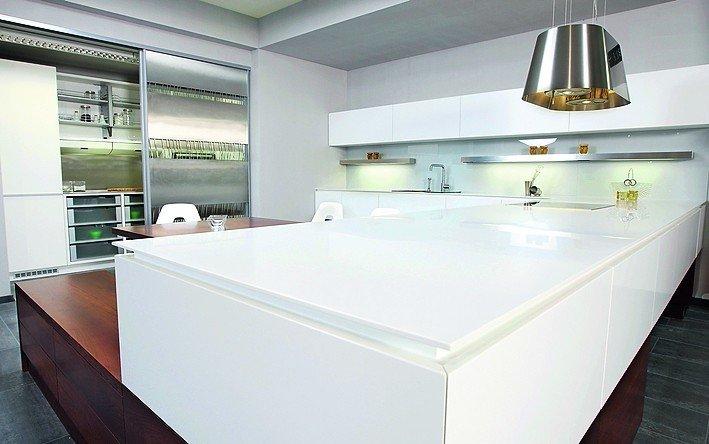 farbauswahl unbegrenzt dds das magazin f r m bel und ausbau. Black Bedroom Furniture Sets. Home Design Ideas