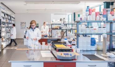 Moderne Laboreinrichtungen stehen bei Jordan Lacke sinnbildlich für die Entwicklung innovativer Produkte