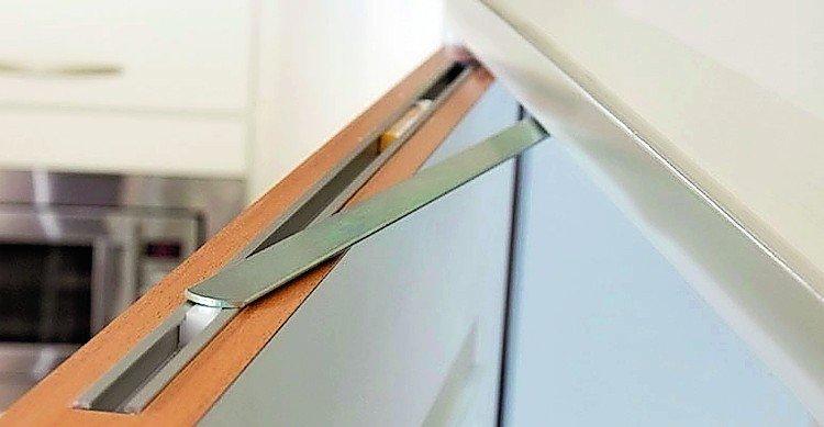 bis hier und nicht weiter der ffnungsbegrenzer porti von athmer ersetzt den blichen boden. Black Bedroom Furniture Sets. Home Design Ideas