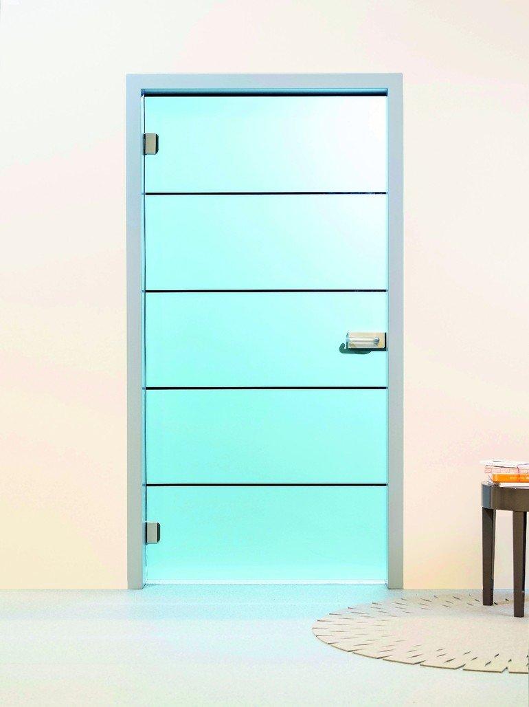 glas aus eigenem haus glas marte produziert vsg t ren selbst dds das magazin f r m bel und. Black Bedroom Furniture Sets. Home Design Ideas