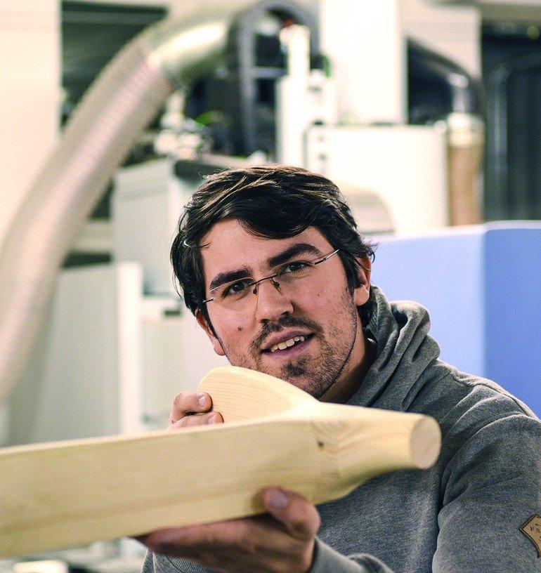 Gewinner des dds-Preis der Arthur Francke'schen Stiftung 2016: Andreas Schmid hat das Preisgeld in sein Studium an der Fachakademie für Raum- und Objektdesign in Garmisch- Partenkirchen investiert.