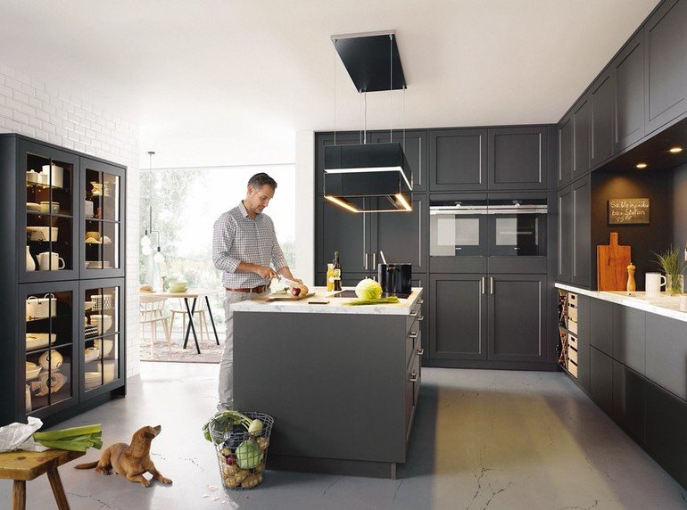 Der Feldzug der Küchenriesen. - dds – Das Magazin für Möbel und Ausbau