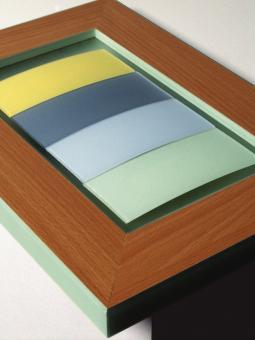 kanten in milchglasoptik dds das magazin f r m bel und ausbau. Black Bedroom Furniture Sets. Home Design Ideas