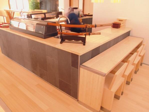 sushi bar mit ecken und kanten dds das magazin f r m bel und ausbau. Black Bedroom Furniture Sets. Home Design Ideas