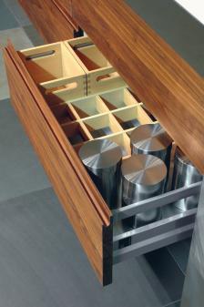 edles aus holz und stahl dds das magazin f r m bel und ausbau. Black Bedroom Furniture Sets. Home Design Ideas
