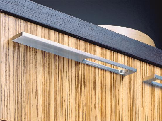 flachstahl mit langloch dds das magazin f r m bel und ausbau. Black Bedroom Furniture Sets. Home Design Ideas