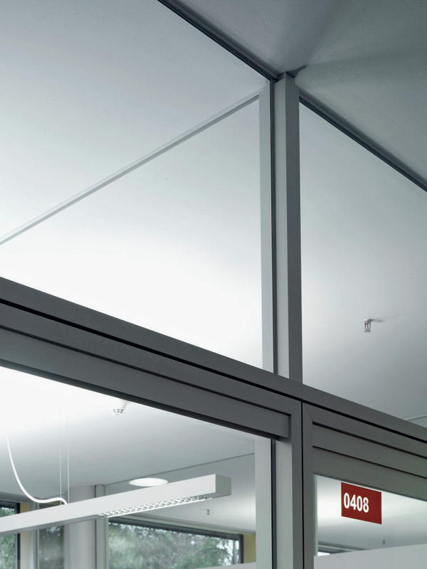durchblick im b ro dds das magazin f r m bel und ausbau. Black Bedroom Furniture Sets. Home Design Ideas