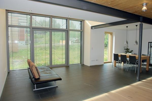 Premiere mit vips dds das magazin f r m bel und ausbau for Pramierte einfamilienhauser
