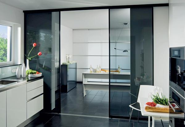alles im griff dds das magazin f r m bel und ausbau. Black Bedroom Furniture Sets. Home Design Ideas