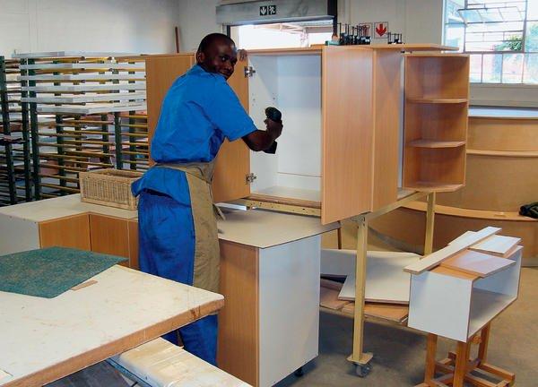 erleben sie afrika hautnah dds das magazin f r m bel und ausbau. Black Bedroom Furniture Sets. Home Design Ideas