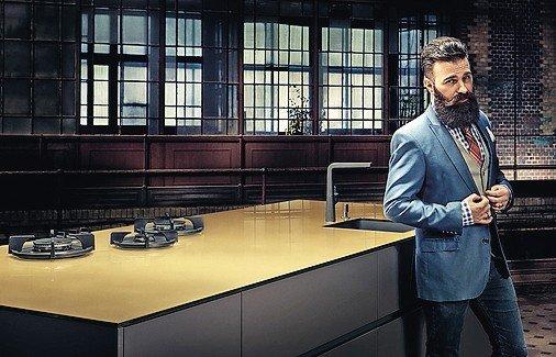zur sache mann m nner kochen anders als frauen oder dds das magazin f r m bel und ausbau. Black Bedroom Furniture Sets. Home Design Ideas