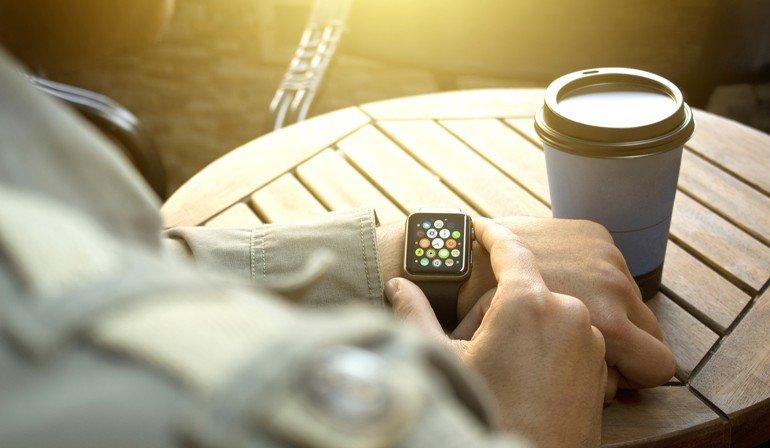 Gewinne im September eine Apple Watch SE, die von Digi Zeiterfassung zur Verfügung gestellt wird Foto: Hazal/stock.adobe.com