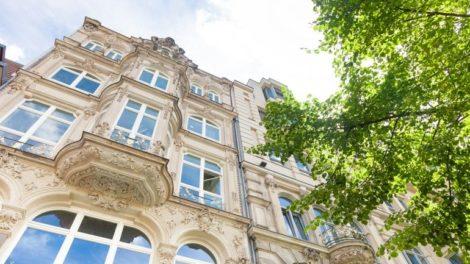 Fenster in historischem Gebäude