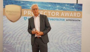 Assa-Abloy_Norbert-Friedl_protector_award.jpg