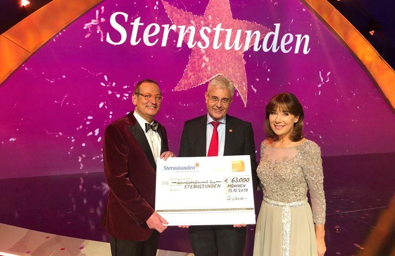 Bayern_Innungsschreiner_Sternstunden_Scheck.jpg