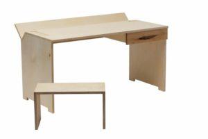 Niedriger Schreibtisch Lucia Boesl
