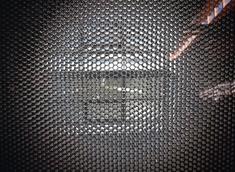 Design-Composite-AirBoard-Black_01.jpg