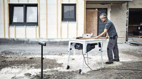 Die mobile Tischkreissäge zeigt Festool auf der Holz-Handwerk 2020: Die Sicherheitstechnik SawStop verhindert Schnittverletzungen Foto: Festool GmbH