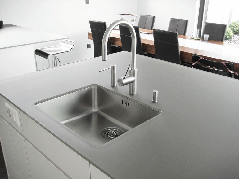 ist sch n und kann vieles glas als oberfl chenwerkstoff im k chenbau dds das magazin f r. Black Bedroom Furniture Sets. Home Design Ideas