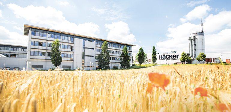 HaeckerKuechen_Werk2_Panorama_low.jpg