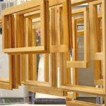 Holzfenster_in_der_Lackierstrasse.jpg