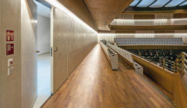Innentueren-Schoerghuber-Tapetentueren-Musikforum-Bochum.jpg