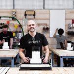 Shaper Tools CEO Joe Hebenstreit in der Testwerkstatt im Headquarter San Francisco, Kalifornien Foto: Shaper Tools