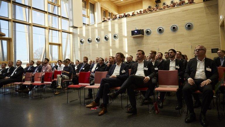 Jowat_Vortraege_im_Audimax_Symposium.jpg