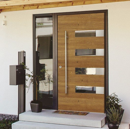hoher standard haust ren aus holz und holzalu von kneer dds das magazin f r m bel und ausbau. Black Bedroom Furniture Sets. Home Design Ideas