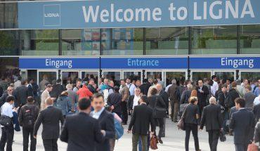 Die LIGNA 2017 - weltweit wichtigster Branchentreffpunkt der Holz verarbeitenden Industrie (Eingang)