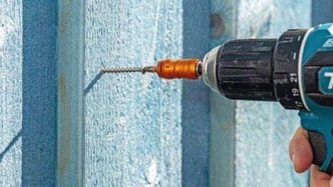 Braucht sich nicht zu verstecken: Edelstahlschraube von Heco Foto: Heco-Schrauben GmbH & Co. KG