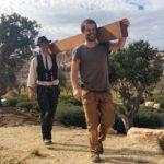 Möbelbau auf Mallorca: Martin und ein Wandergeselle – Arbeiten in breiter Vielfalt Foto: Tina Winterhager